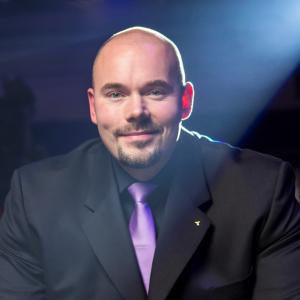 Antti Nevalainen, Valmento Oy, palveluliiketoiminta, myynti, johtaminen, esimieskoulutus, Eventium